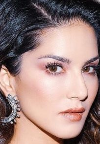 A picture of Sunny Leone from a photoshoot-min (1)