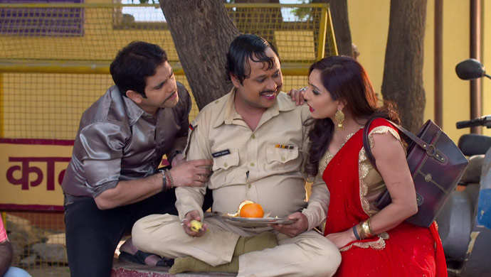 Happu Singh With Malkhan and Badaami