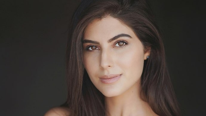 Actress Elnaaz Norouzi of Abhay