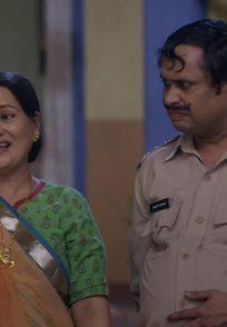 Amma and Happu from Happu Ki Ultan Paltan