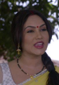 Scene from Happu Singh Ki Ultan Paltan with Rajesh