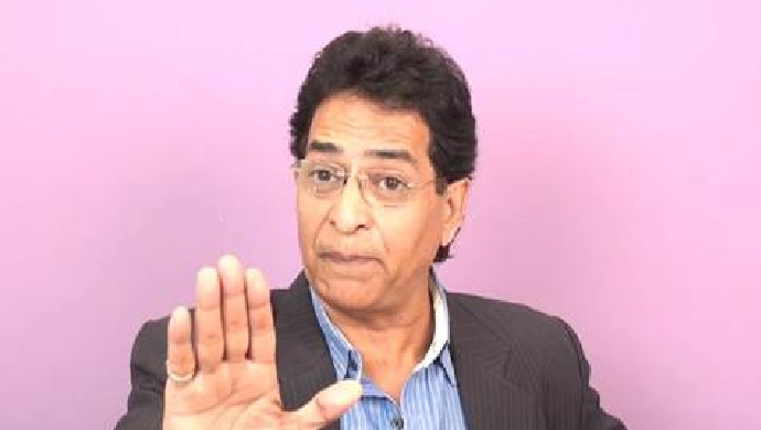 Vinod Chopra as Dronacharya