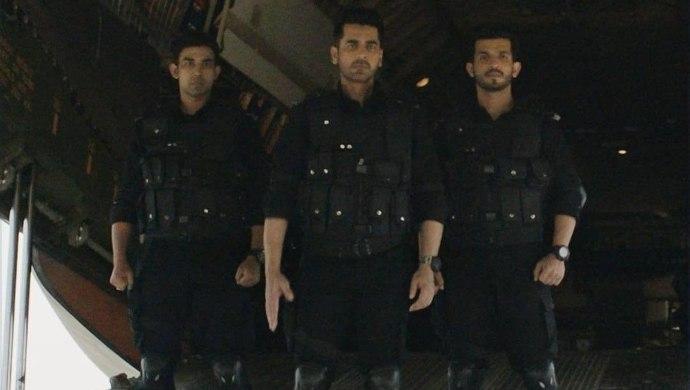 Arjan Bajwa, Arjun Bijlani in State of Seige_ 26_11