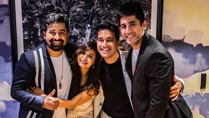 Harman Singha with Rannvijay, Divya Agarwal and Varun Sood