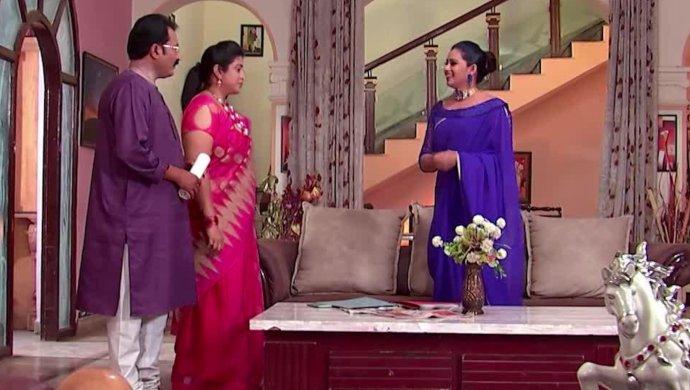 Kalyana Vaibhogam Still ft chandrika with swaroopa