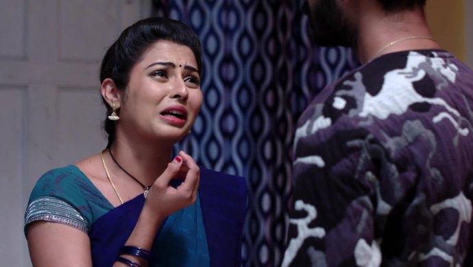 Mrudula and Madhu in Ninne Pelladatha