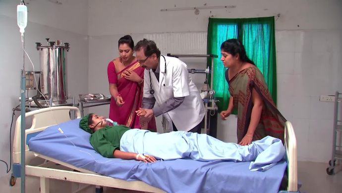 Nithya In The Hospital in Kalyana Vaibhogam