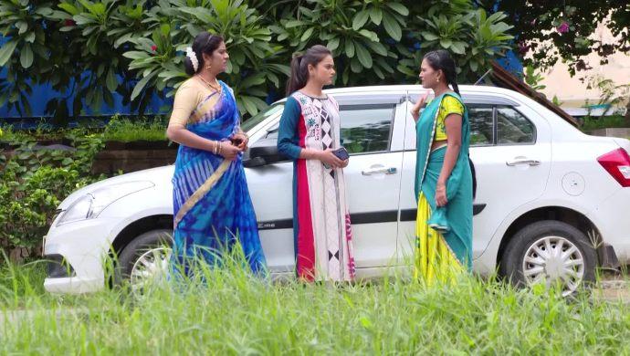 Bhavani-Chaitra and Chandrika in Muddha Mandaram