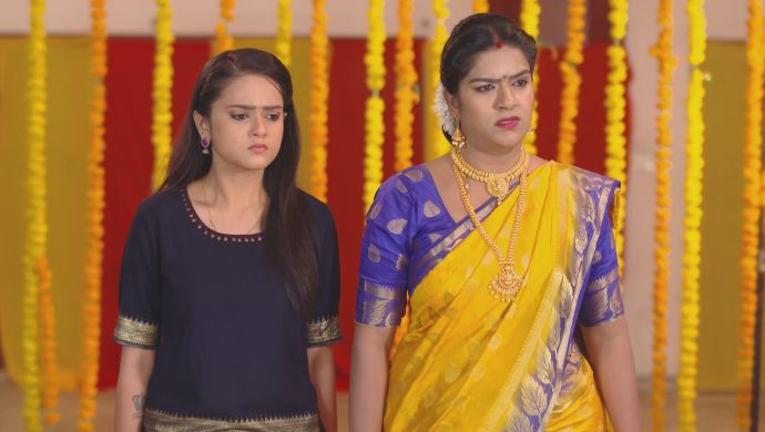 Bhavani and Chaitra in the temple in Muddha Mandaram