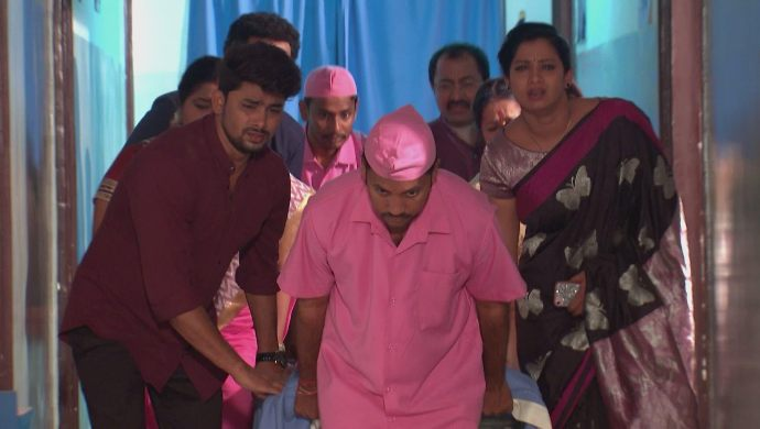 Everyone in the hospital in Kalyana Vaibhogam