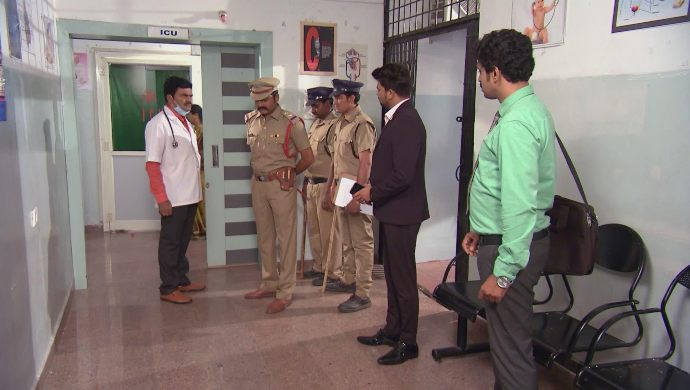 Jai with Police in Kalyana Vaibhogam
