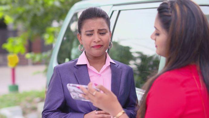 Prajwala and Priya in Ninne Pelladatha