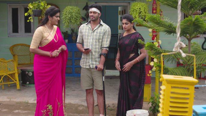 Priyamvada, Aditya and Dharani in Akka Chellellu