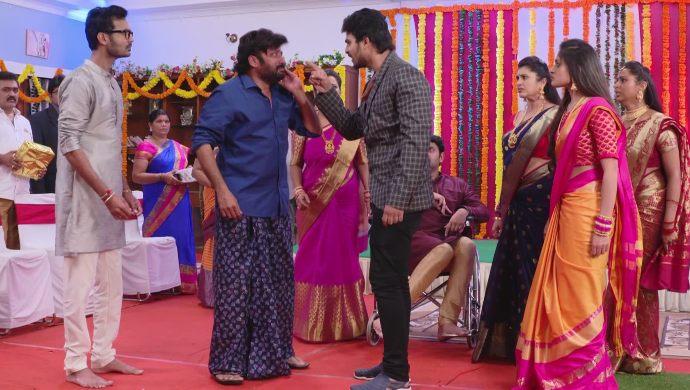 Veeraswamy with Tarun In Ninne Pelladatha