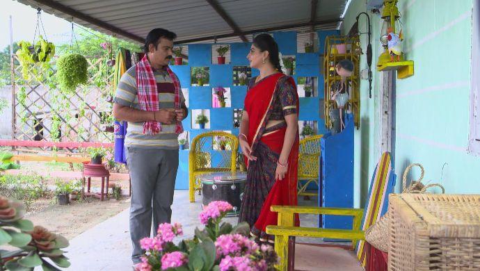 Dharani and Shivudu in Akka Chellellu