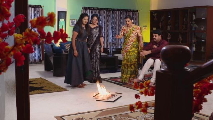 Konali, Prajwala, Arjun and Bharati in Ninne Pelladatha