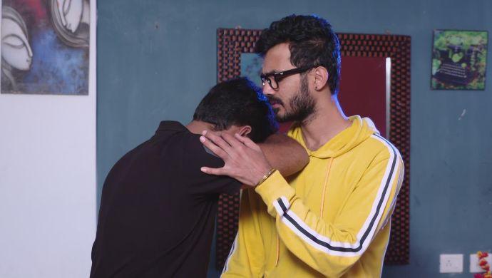 Madhu and Gaurav in Ninne Pelladatha