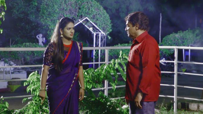 Neelambari and Bheekshapati in Muddha Mandaram