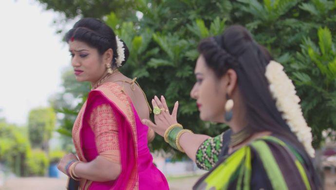 Bhavani and Neelambari in Muddha Mandaram