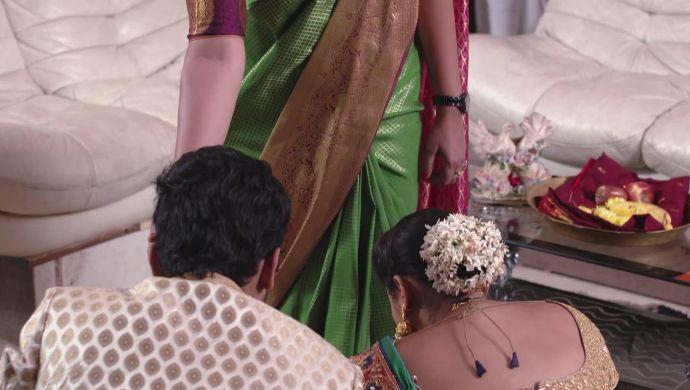 Madhu-Mrudula, Brahmini in Ninne Pelladatha