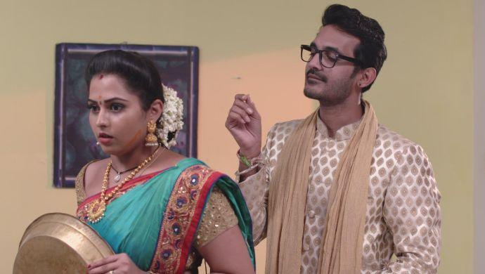Madhu and Mrudula in Ninne Pelladatha (1)