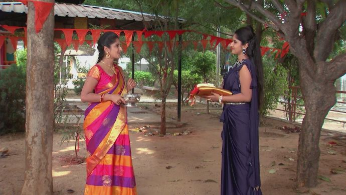 Manga and Nithya in Kalyana Vaibhogam