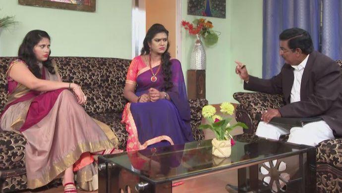 Priyamvada with the lawyer in Akka Chellellu