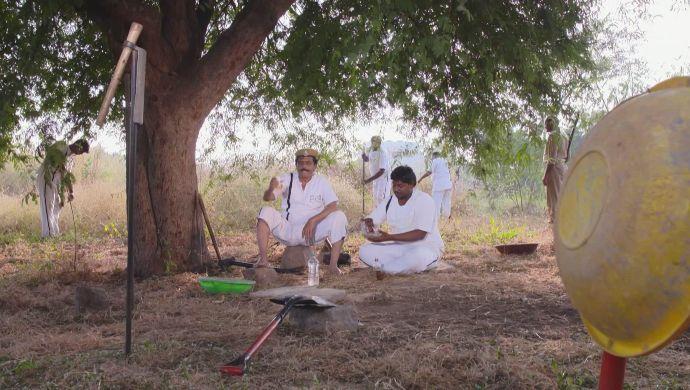 Shobhan Raju in Akka Chellellu