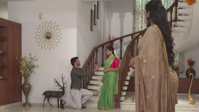 Aditya, Dharani and Priyamvada in Akka Chellellu