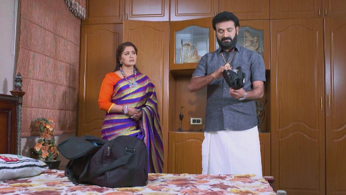 Arun with Vagdevi in No 1 Kodalu