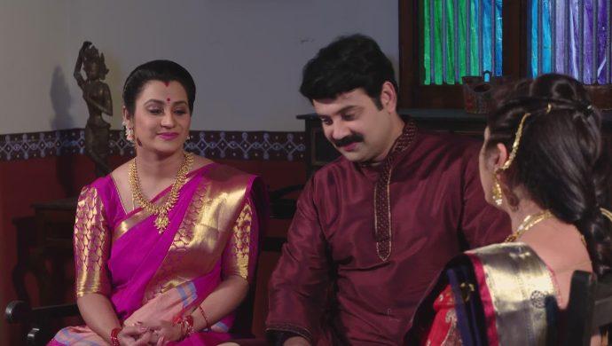 Brahmini, Bharati and Arjun Prasad in Ninne Pelladatha