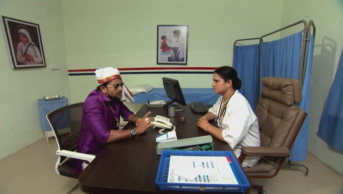 Jai and the doctor in Kalyana Vaibhogam