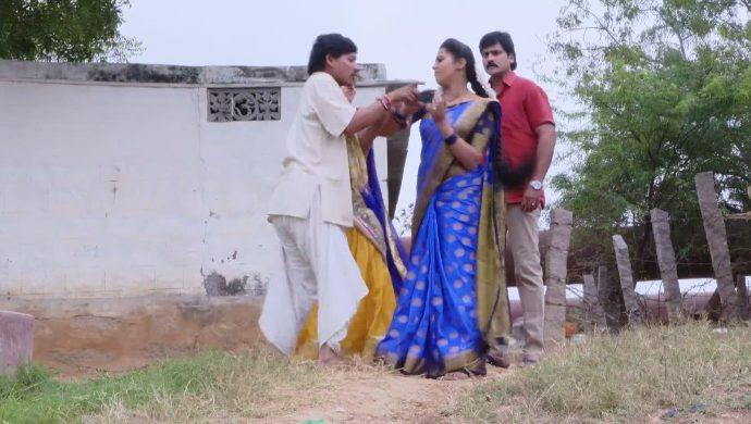 Mrudula Krishna Prasad and others in Ninne Pelladatha