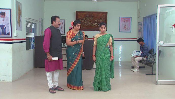 Nithya and Chandrika-Prasad in Kalyana Vaibhogam