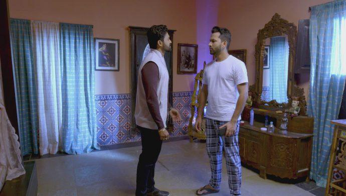 Rahul and Teja in No 1 Kodalu