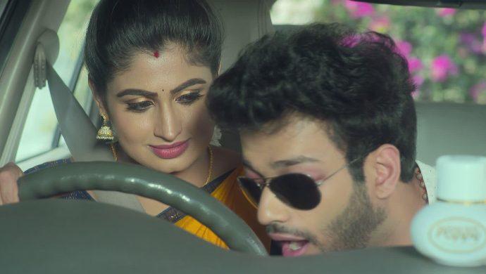 Dharani and Aditya in Akka Chellellu