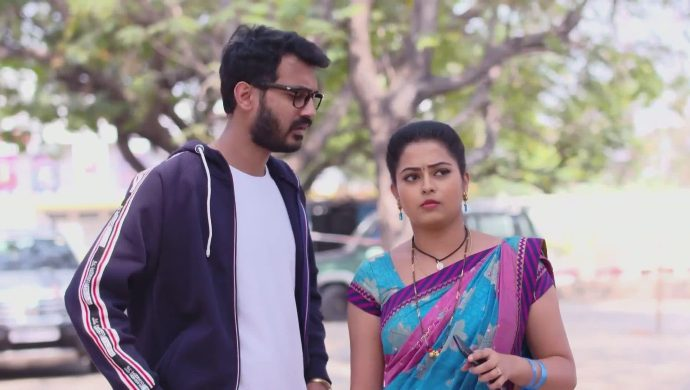 Madhu and Mrudula in Ninne Pelladatha