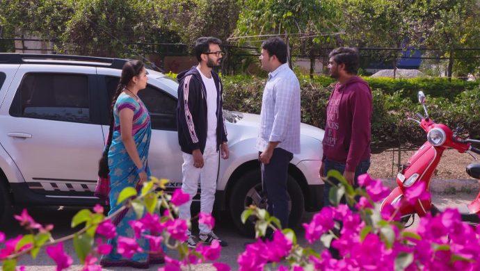 Mrudula, Madhu and Mali's Husband in Ninne Pelladatha