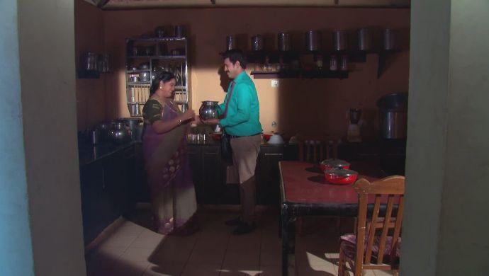 Chary and Kalpana in Kalyana Vaibhogam
