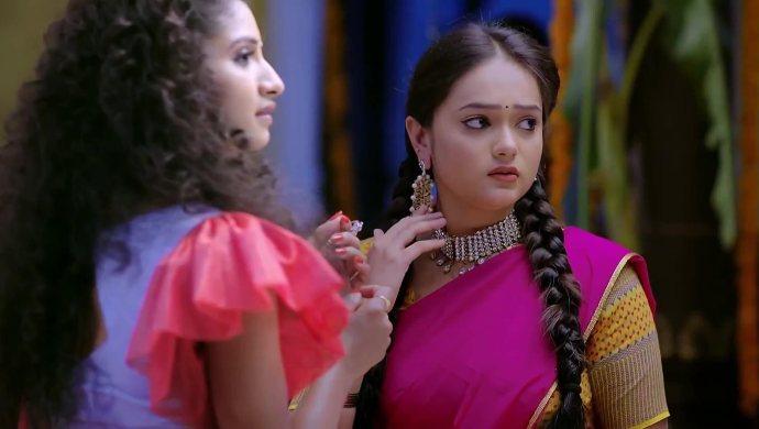 Hasini and Sumana in Trinayani