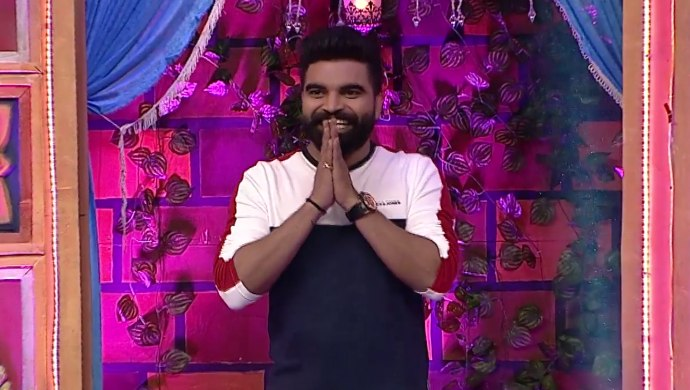 Pradeep Machiraju in Adhirindi Episode 14