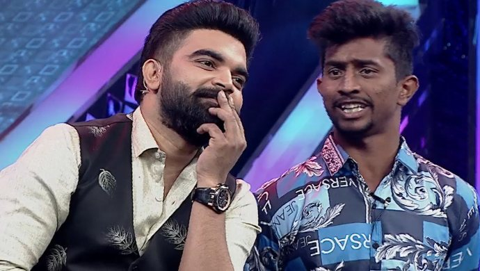 Pradeep and the contestant in Local Gangs Episode 16