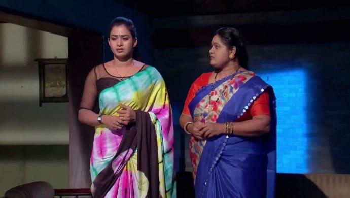 Swaroopa and Kalpana in Kalyana Vaibhogam