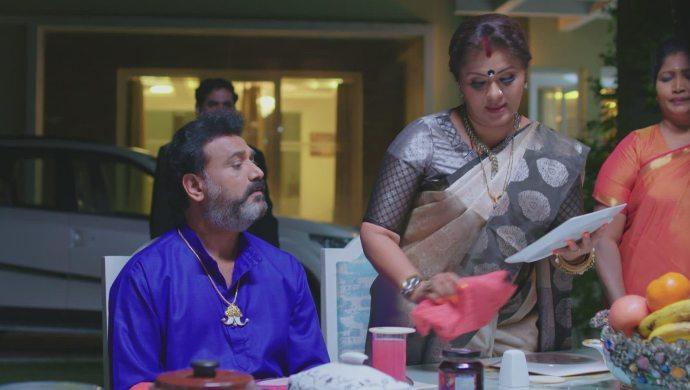 Vagdevi and Arunbabu in No 1 Kodalu