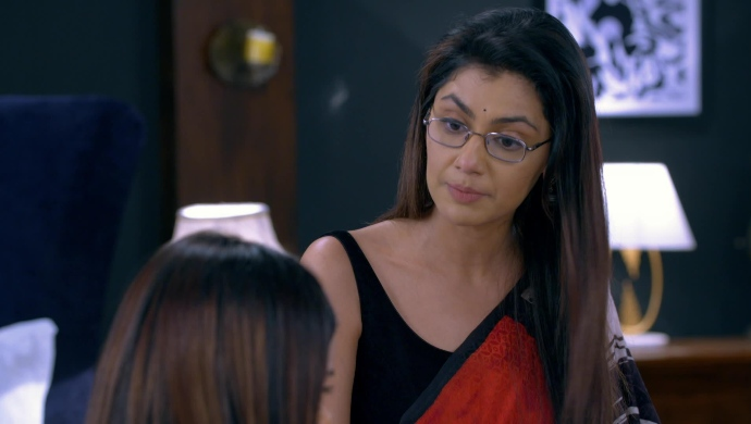 Pragya and Maya in Kumkum Bhagya on ZEE5