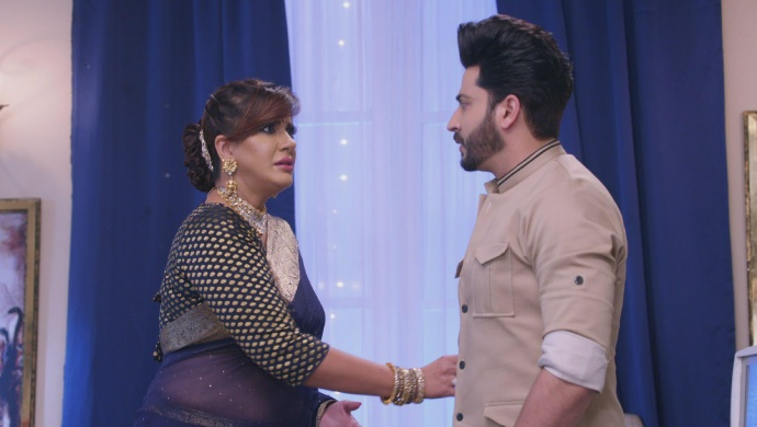 Still from Kundali Bhagya with Rakhi and Karan