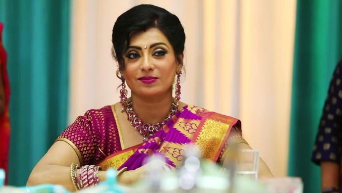 Priya Raman As Akhilandeshwari
