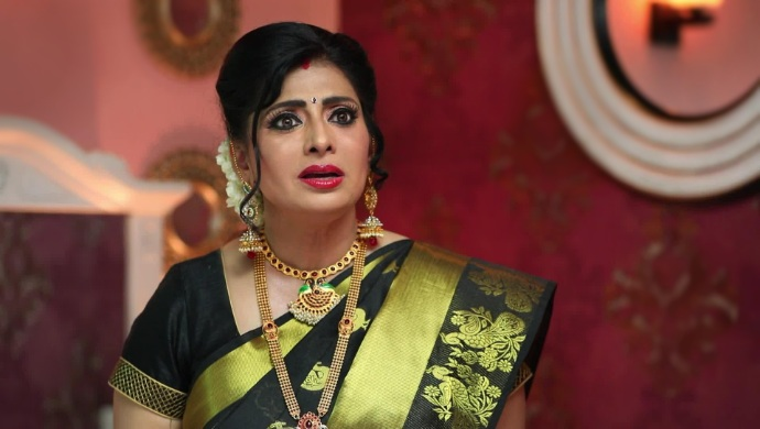 Akhilandeshwari is angry
