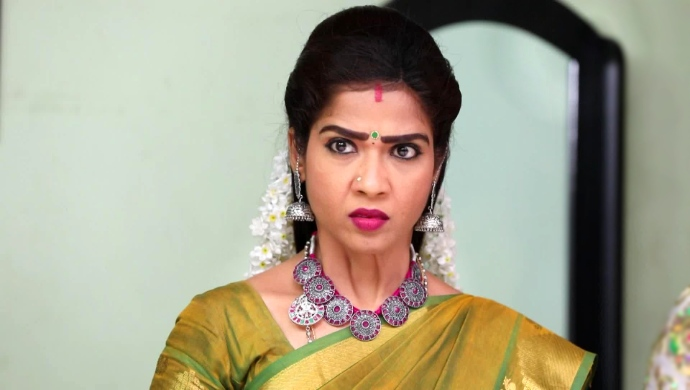 Vanaja is shocked