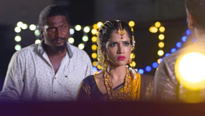 Bala kidnaps Divya
